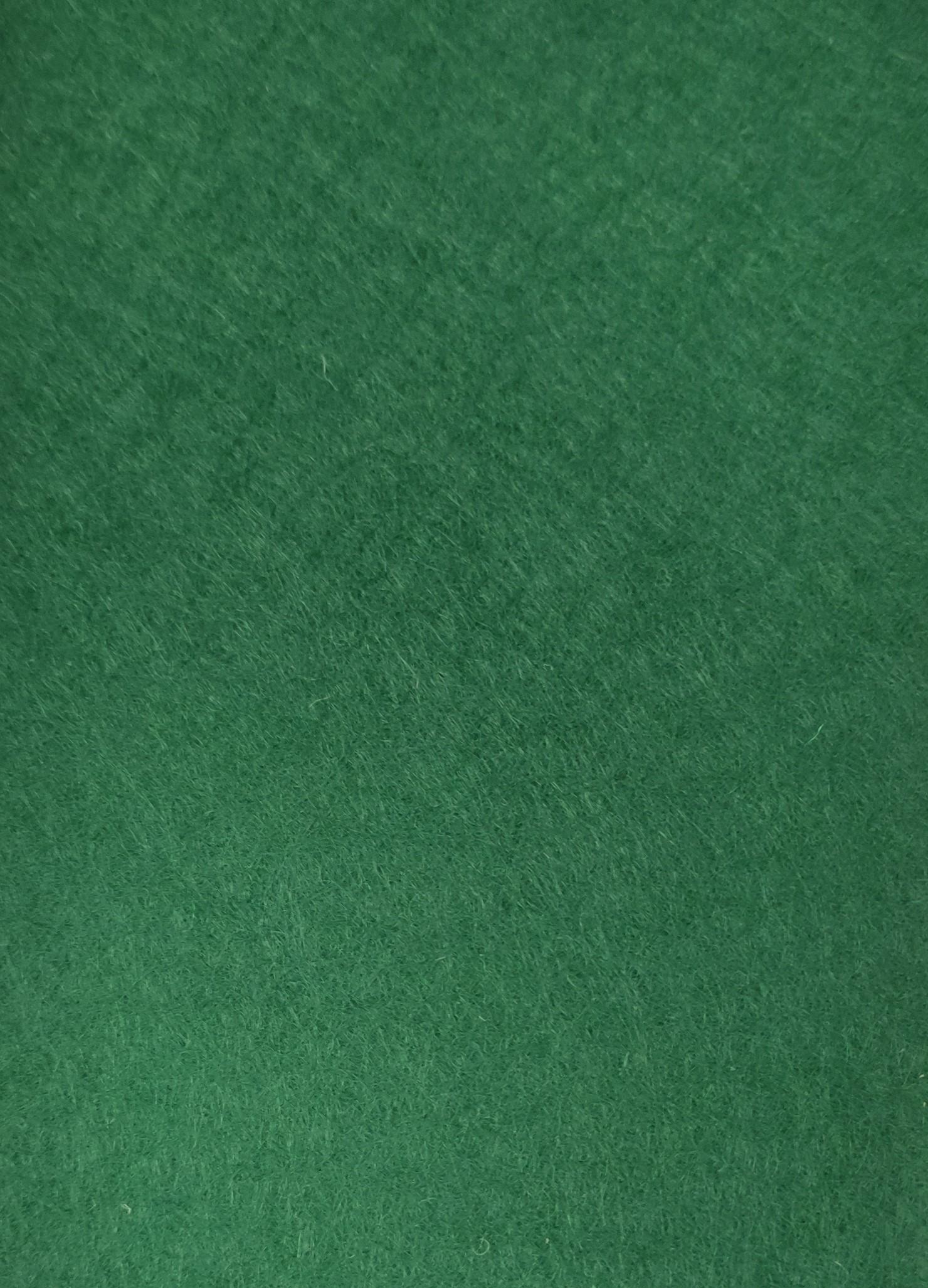 032 grün